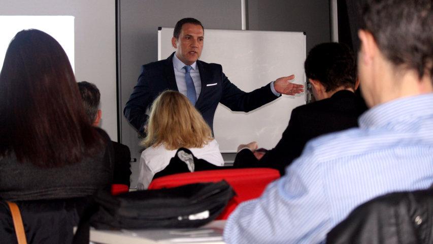 DecoNova busca inversores españoles interesados en el mercado de las 'casas vacacionales' en Orlando- Kissimmee a sólo 6 minutos de Walt Disney World.