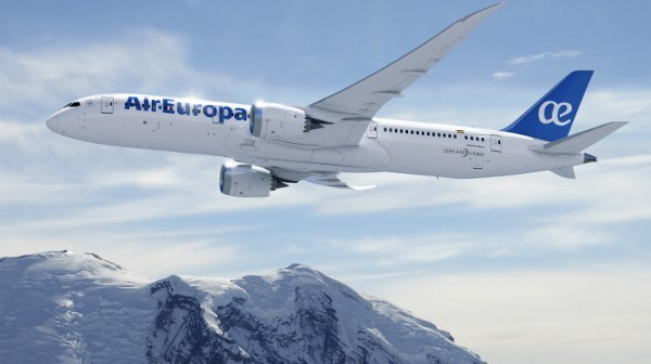 La aerolínea transportó unos 90.000 pasajeros a Santa Cruz de la Sierra durante 2017.
