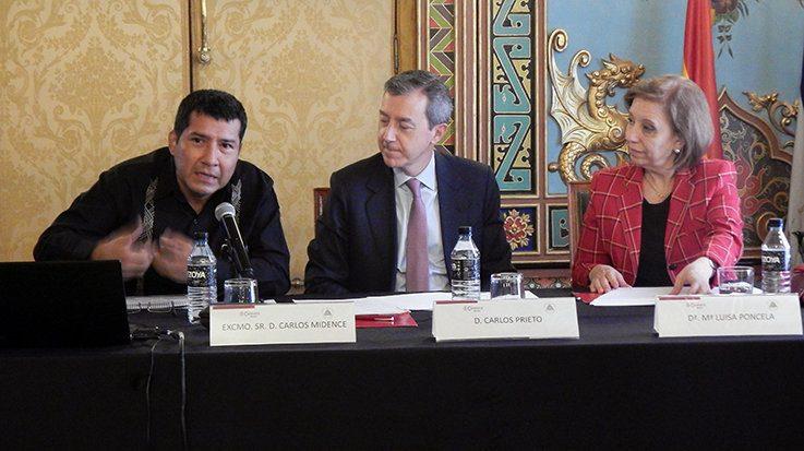 Carlos Midence, Embajador de Nicaragua; Carlos Prieto, director general de la Cámara de Comercio de Madrid; y María Luisa Poncela, Secretaria del Estado de Comercio de España.