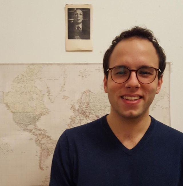 Ernesto buscará aglomerar toda la información histórica en una página web.