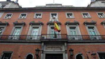 El Ministerio de Justicia afirma que Miguel Bueno Benedí ha renunciado al cargo de vocal del Tribunal Calificador.