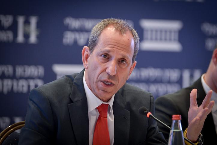 Shmuel Hauser, presidente de la Autoridad de Valores de Israel.