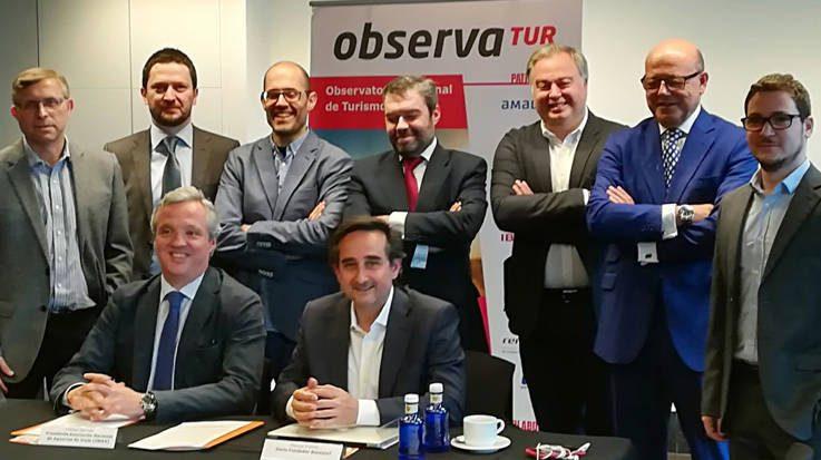 Los representantes del Observatorio Nacional de Turismo Emisor.