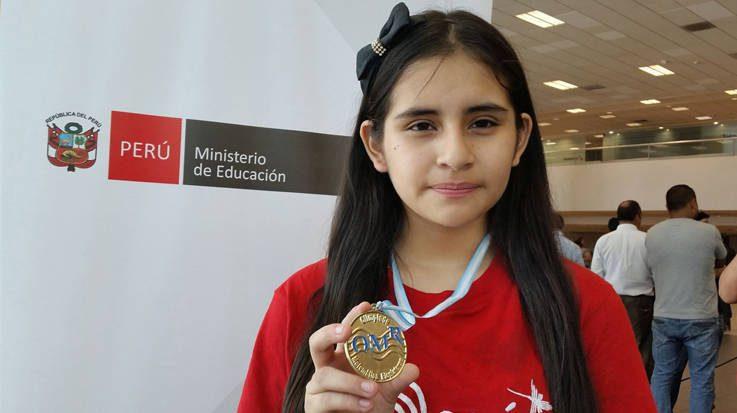 Mónica Martínez Sánchez, medalla de oro en la Olimpiada Europea Femenina de Matemática.