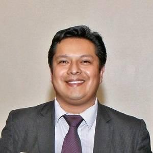 Edén Galán, médico cirujano de origen peruano, es el encargado de llevar adelante la investigación.