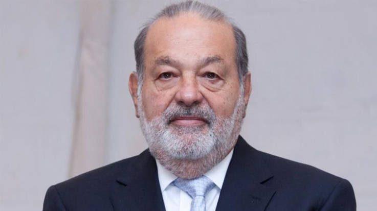 Carlos Slim defiende la construcción del Nuevo Aeropuerto Internacional de Ciudad de México.