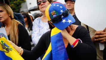 El perfil de los inmigrantes latinoamericanos en España es de clase media, con estudios y sobrecualificados.