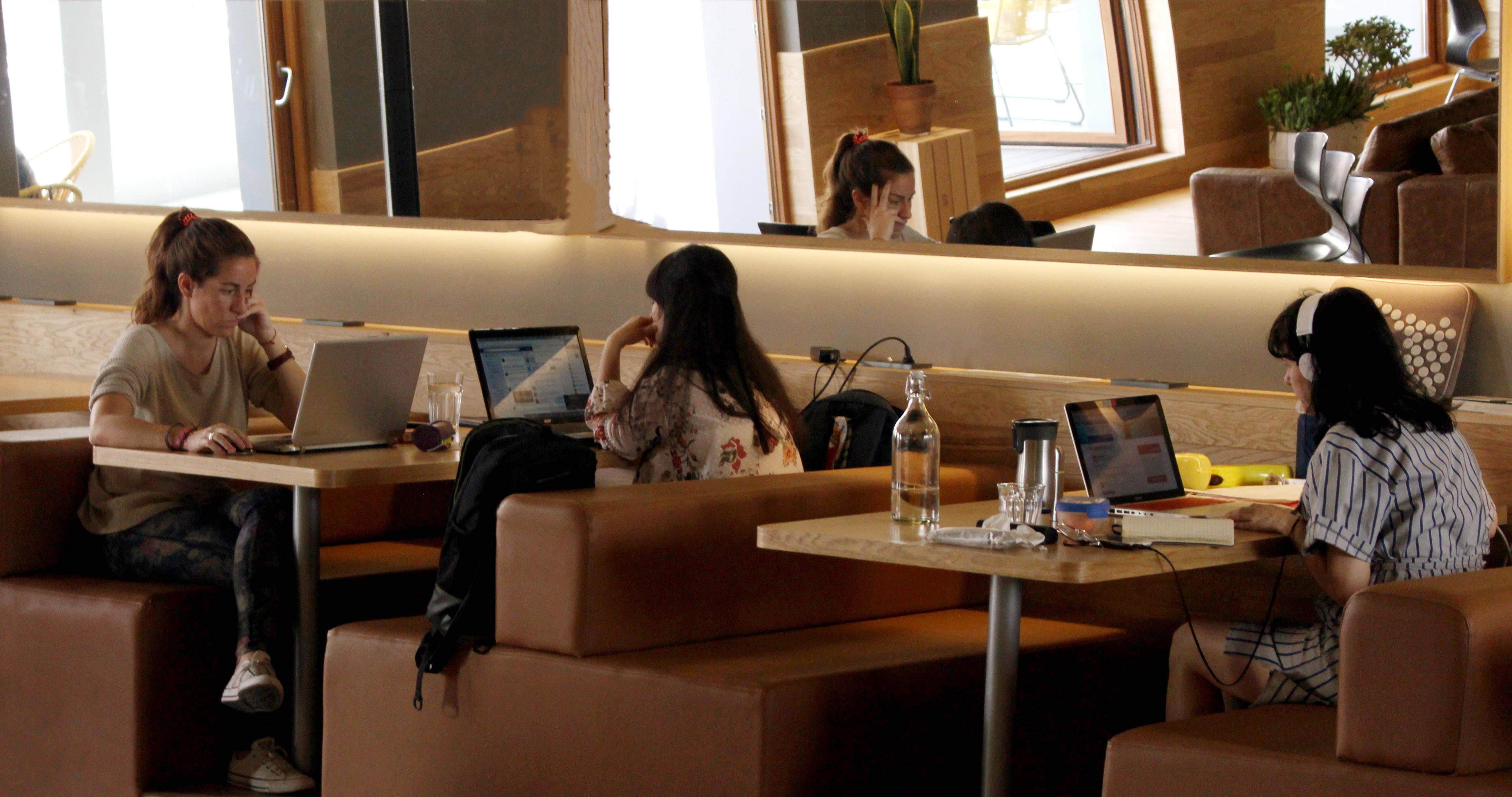 Impact Hub cuenta con otras comunidades de emprendedores en Donostia, Vigo y próximamente en Málaga