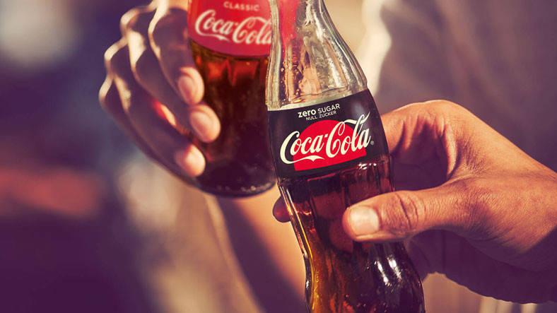 Coca Cola lidera el ranking con una puntuación de 10.000 puntos.