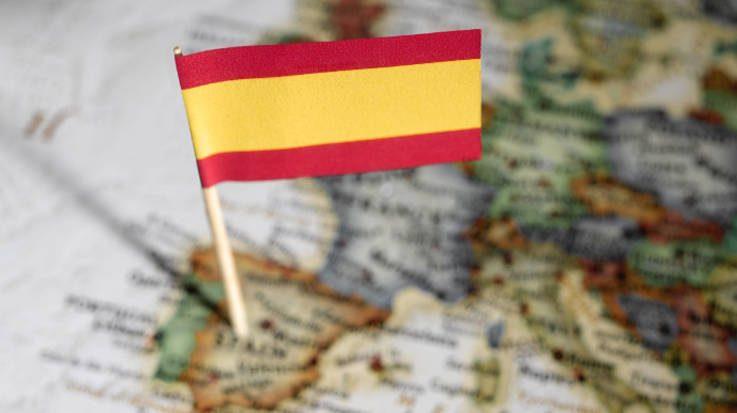 El Ceprede aumenta su previsión de crecimiento de la economía española una décima en 2018, hasta el 2,8 por ciento.