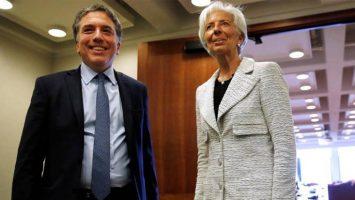 Representantes del FMI y del Gobierno de Argentina estudiarán el plan de asistencia económica en una reunión informal.