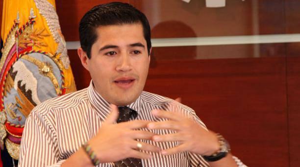 Richard Martínez reemplaza del cargo a María Elsa Viteri, quien se ha ocupado del puesto desde comienzos de marzo.