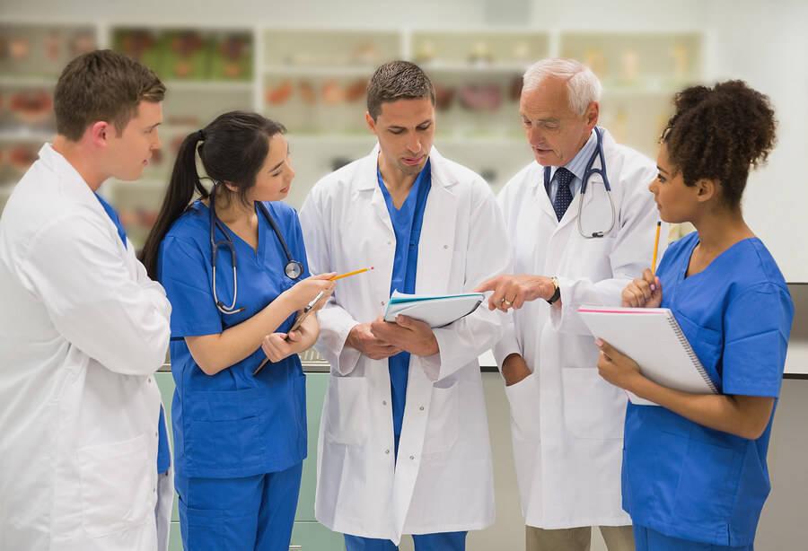 Los mejores profesores de Medicina se encuentran en Castilla y León, Asturias, Andalucía, Comunidad Valenciana, Canarias, Cantabria y Madrid.