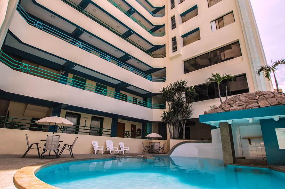 El hotel 'Akros by BlueBay' dispondrá de 128 habitaciones y suites.