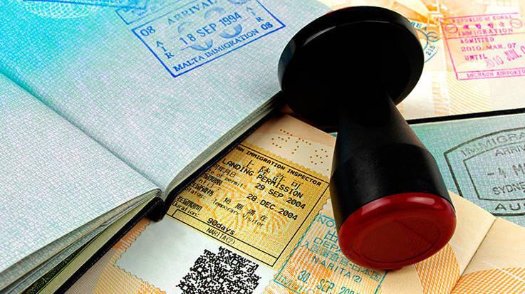 Colombia registra un total de 12.557 permisos de residencia adjudicados en España y Ecuador 8.113.