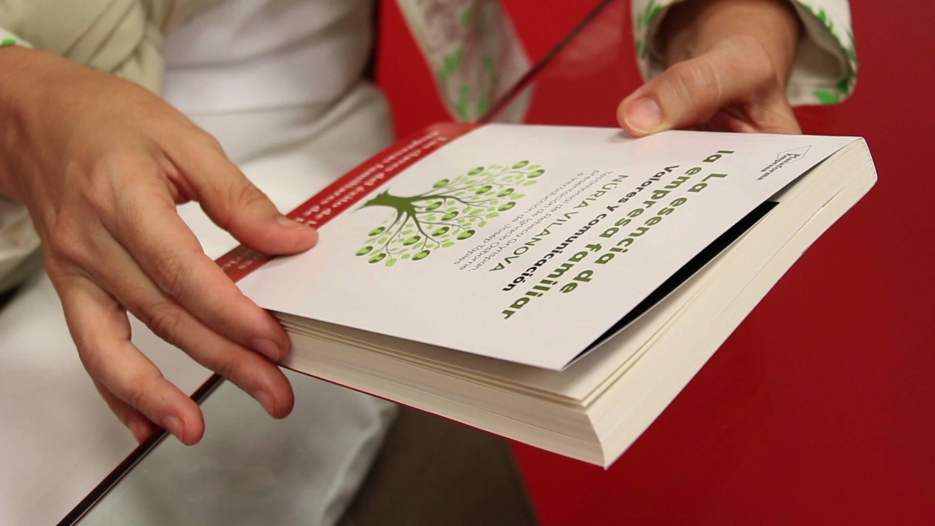 Libro 'La esencia de la empresa familiar' de Núria Vilanova.