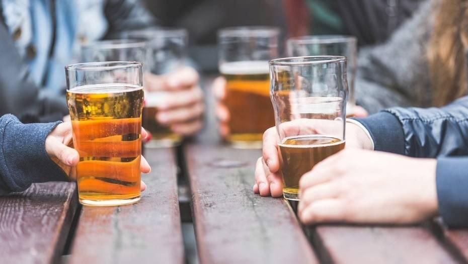 La actualización de la normativa permitirá que los artesanos y pequeños productores de alcohol atiendan un sistema de certificación en toda la UE.