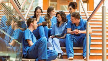 El número de egresados de las facultades de Medicina ha crecido un 15,78 por ciento en España en los últimos nueve años.