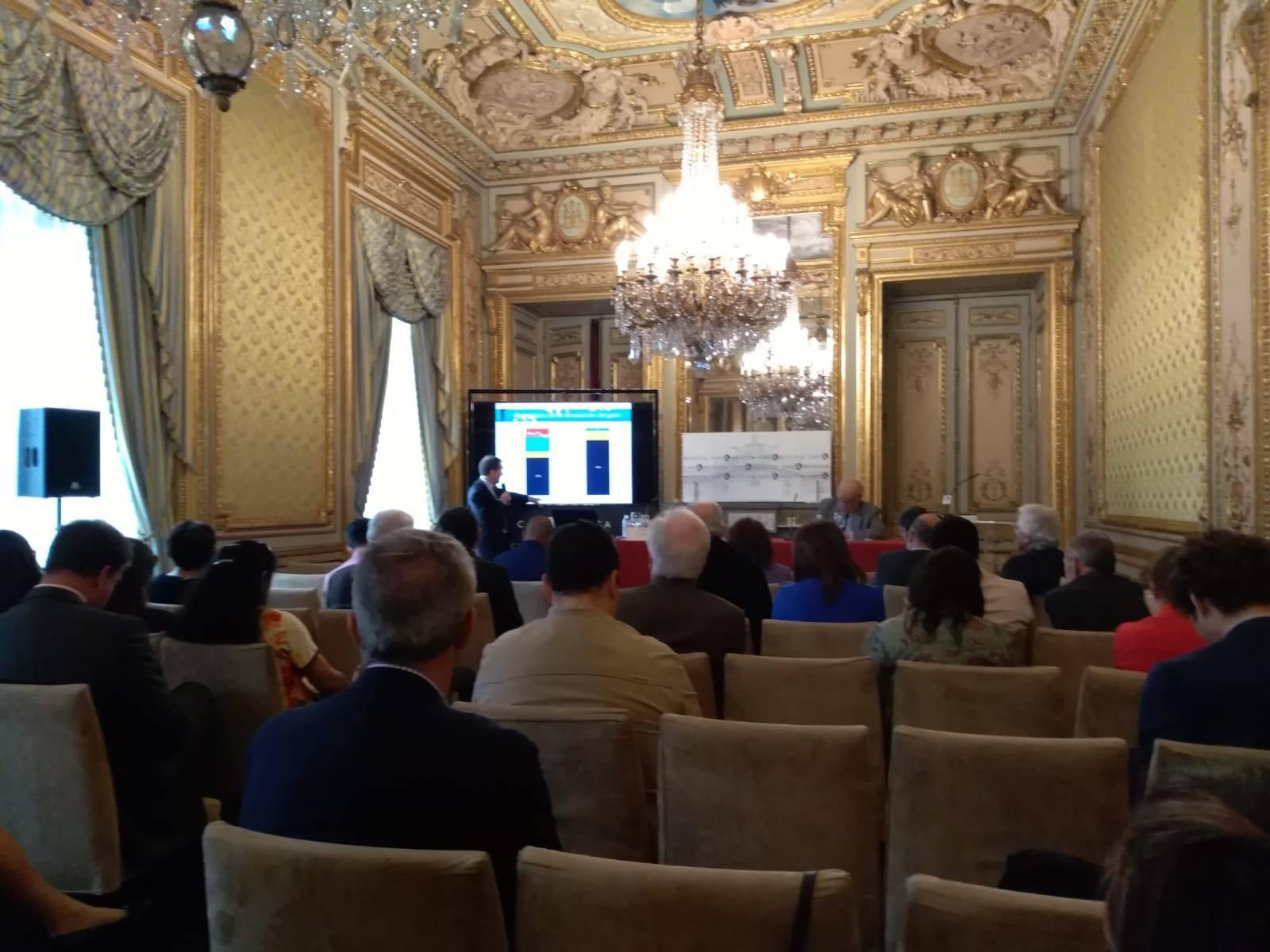 Carlos Végh durante la presentación de la obra 'Ajuste fiscal en América Latina y el Caribe: ¿costos en el corto plazo, beneficios en el largo?' en la Casa de América.