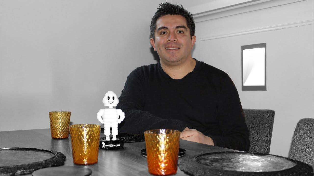 Roberto Ruiz, fundador del restaurante Punto MX, ha sido galardonado con una Estrella Michellin.