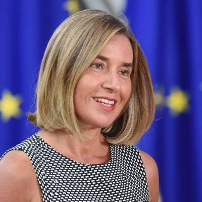 Federica Mogherini señala que con las sanciones se busca crear un diálogo político que mejore la crisis y presione para la convocatoria de nuevas elecciones.