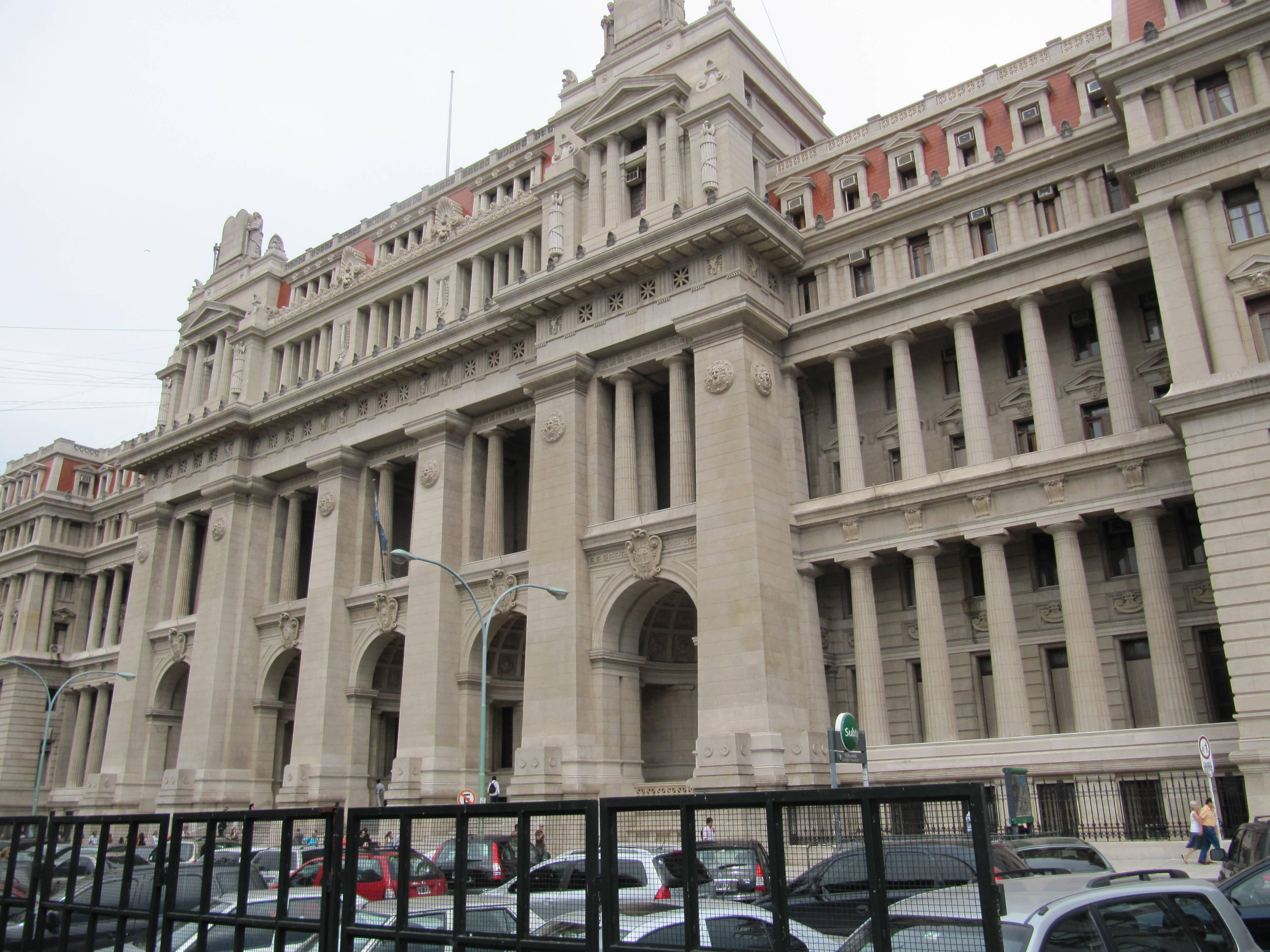 El acuerdo de colaboración entre el Ministerio Público Fiscal de Argentina y el Grupo Telefónica tendrá una duración de dos años.