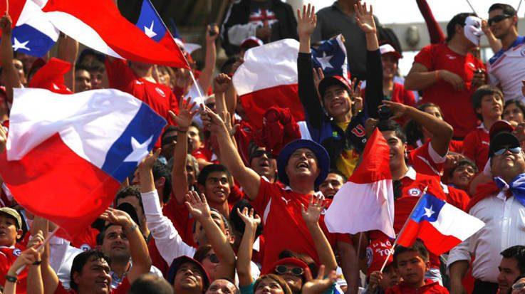 El Instituto Nacional de Estadísticas ha realizado encuesta en la que señala que el gasto promedio mensual de una familia en Chile es de 1.753 dólares.