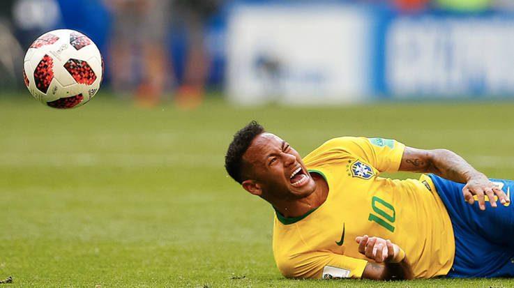 El Instituto Mexicano de Seguro de Salud y La Cruz Roja de Holanda han utilizado los memes de Neymar para ofrecer sus servicios sanitarios.