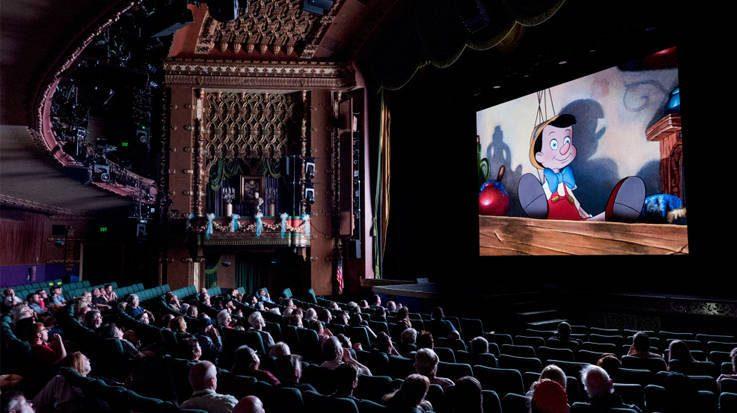 Los Presupuestos Generales del Estado 2018 contemplan una reducción del IVA de las entradas de cine del 21 por ciento al 10 por ciento.