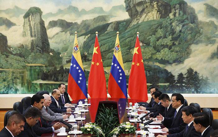 China otorgará un préstamo de 5.000 millones de dólares a Venezuela para los proyectos de inversión directa en la producción petrolera.