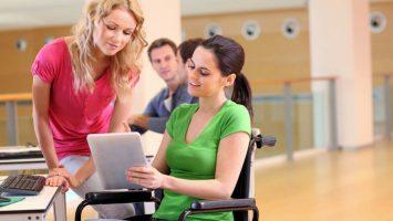 Un 64 por ciento de las personas con discapacidad afirman que el uso de las tecnologías es de gran ayuda para su desempeño laboral.