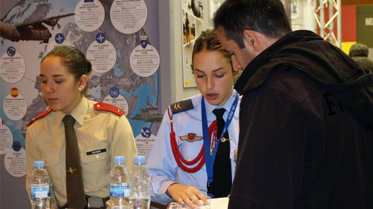 El Ministerio de Interior busca profesores de inglés para los alumnos de las distintas escalas de la Guardia Civil.