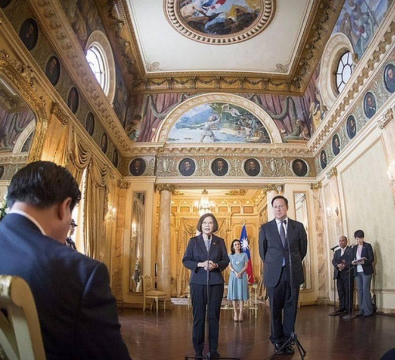 Los Gobiernos de Panamá y China han firmado cerca de 20 acuerdos, tras la apertura de relaciones diplomáticas en 2017.