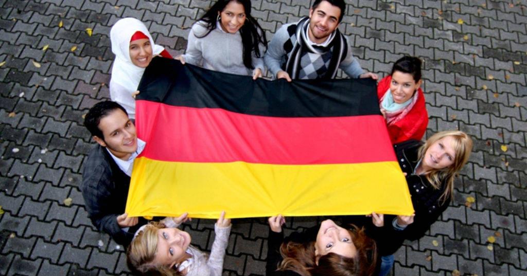 Los programas de becas de estudio en Europa exigen que los candidatos tengan dominio del inglés.