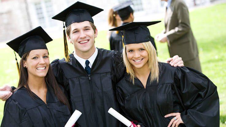 Europa ofrece a los estudiantes extranjeros becas y planes de financiamiento para cursar titulación de grado o de máster.