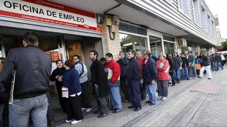 El Centro de Predicción Económica estima un aumento del 2,1 por ciento en la creación de empleo en 2018.