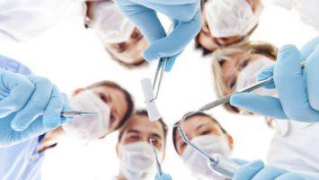 El Grupo Adecco ha iniciado un proceso de selección para conseguir 40 odontólogos en España para trabajar en Reino Unido.