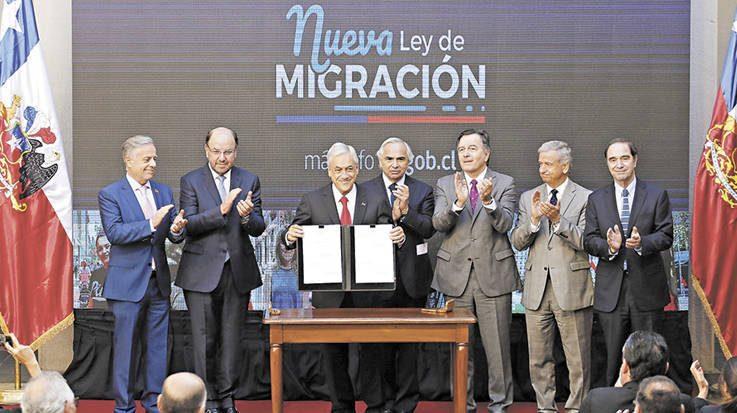 El Gobierno chileno ha aprobado una serie de medidas para regularizar a los extranjeros irregulares a partir del 1 de agosto.