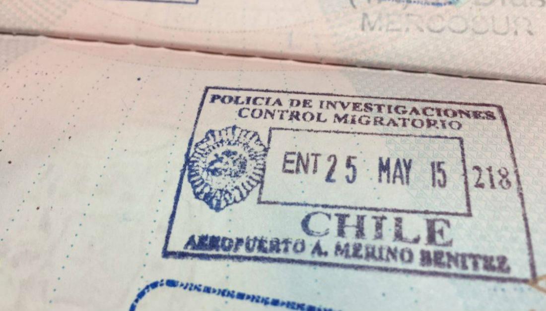 Las nuevas opciones migratorias en Chile son: la Visa Temporaria de Oportunidades, la Visa Temporaria de Orientación Internacional, y otra de Orientación Nacional.