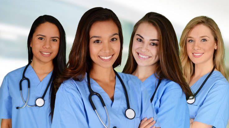 Los profesionales de la Enfermería son los españoles con más salidas laborales en el extranjero.