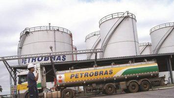 Petrobras planifica aumentar los envíos de petróleo a China, comercializando un nuevo crudo de grano mediano dulce.