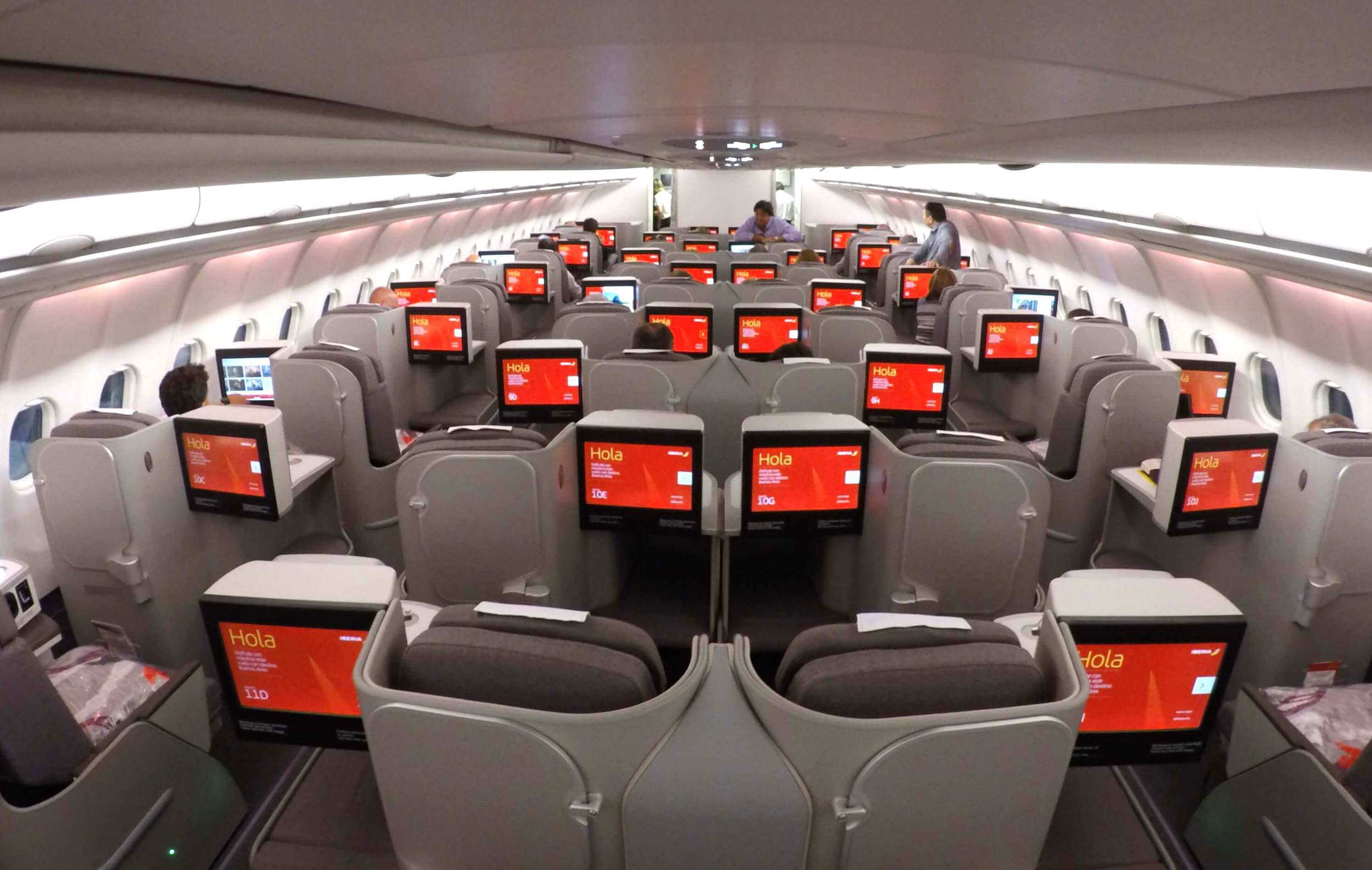 La aerolínea española ofrecerá unos 90.000 asientos para sus vuelos de Madrid y Buenos Aires.