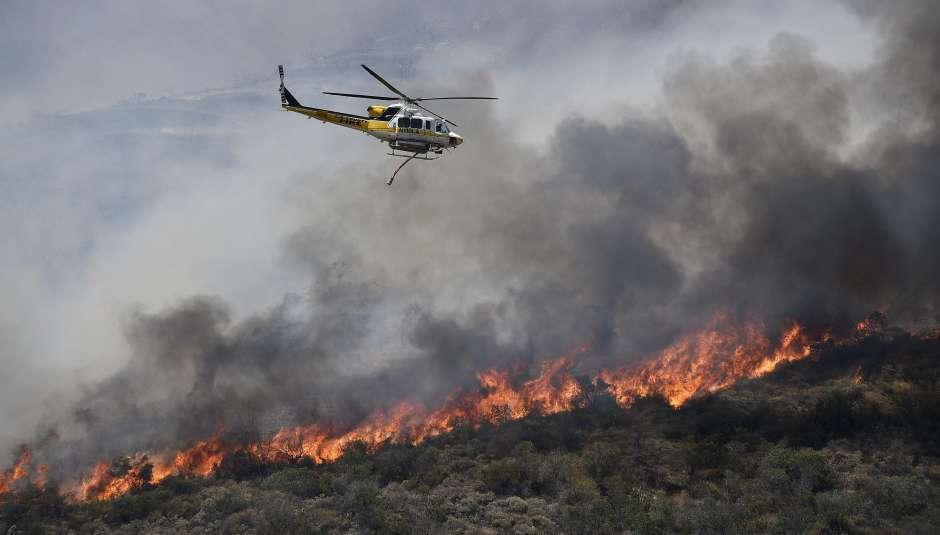 Las comunidades autónomas españolas han gastado unos 700 millones de euros entre 2014 y 2015 en la lucha contra incendios.