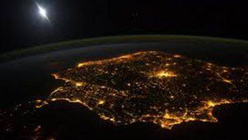 España ha cerrado el mes de julio con un saldo de 1.888 gigavatios hora.