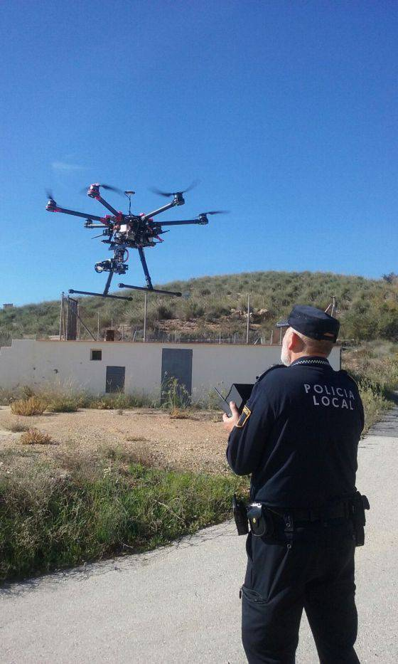 La regulación sobre drones no cuenta con protocolo de actuación en todas las localidades de España.