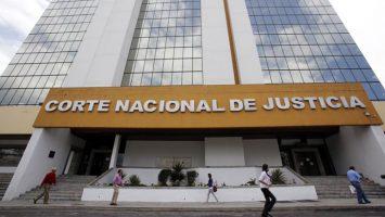 La Corte Nacional de Justicia de Ecuador ha fallado a favor de extraditar a EEUU a Paul Ceglia, acusado de intentar defraudar al fundado de Facebook, Mark Zuckerberg.