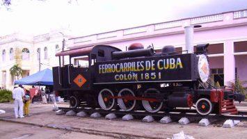 El gobierno cubano permitirá a empresas extranjeras operar sus ferrocarriles a partir de octubre.