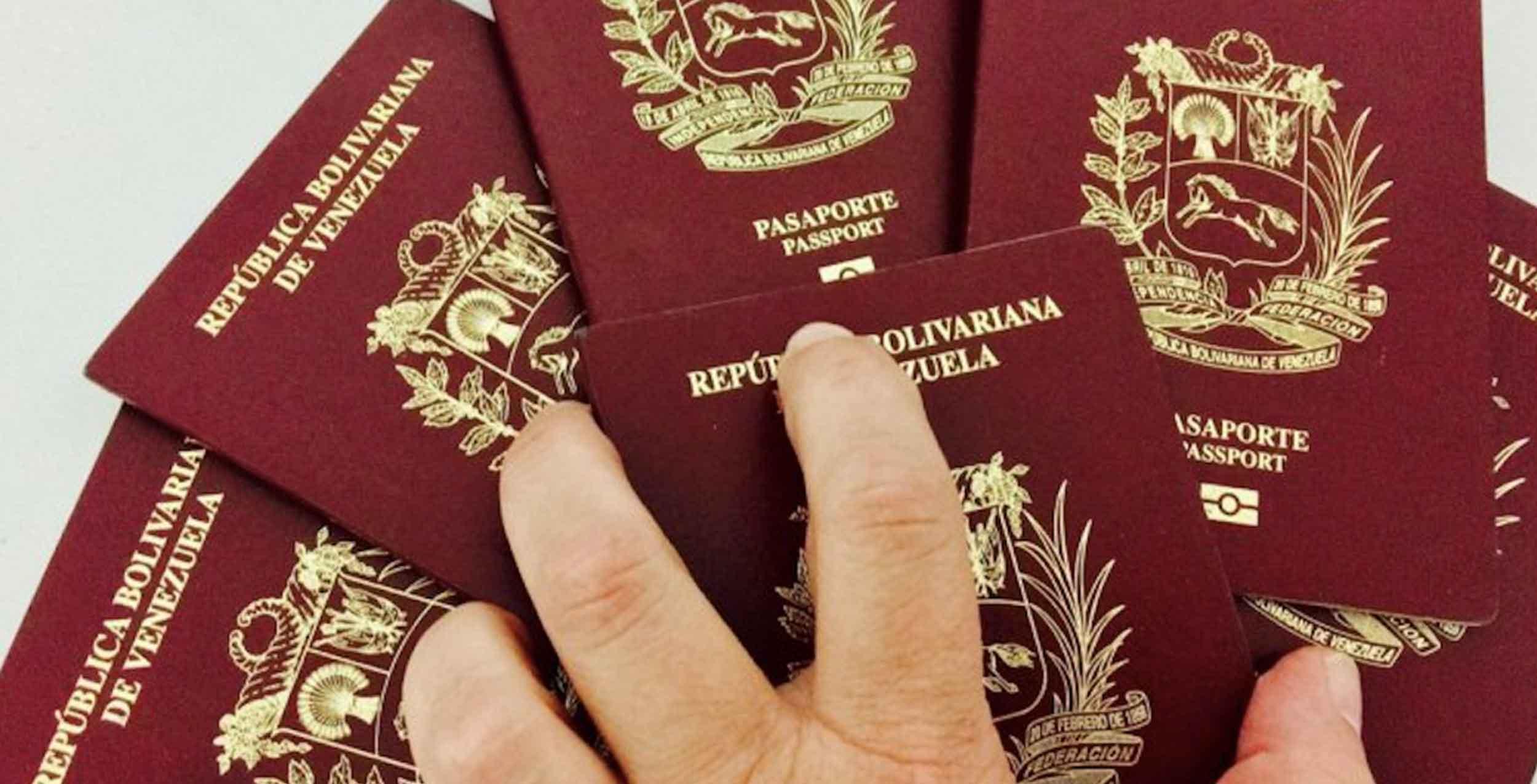 Por trabas administrativas, la gran mayoría de venezolanos no tiene acceso a su pasaporte.