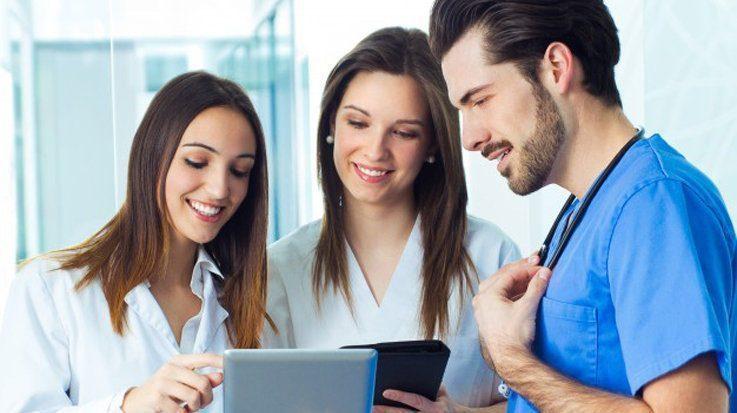 Medicina de Familia es la especialidad MIR que suma más plazas.