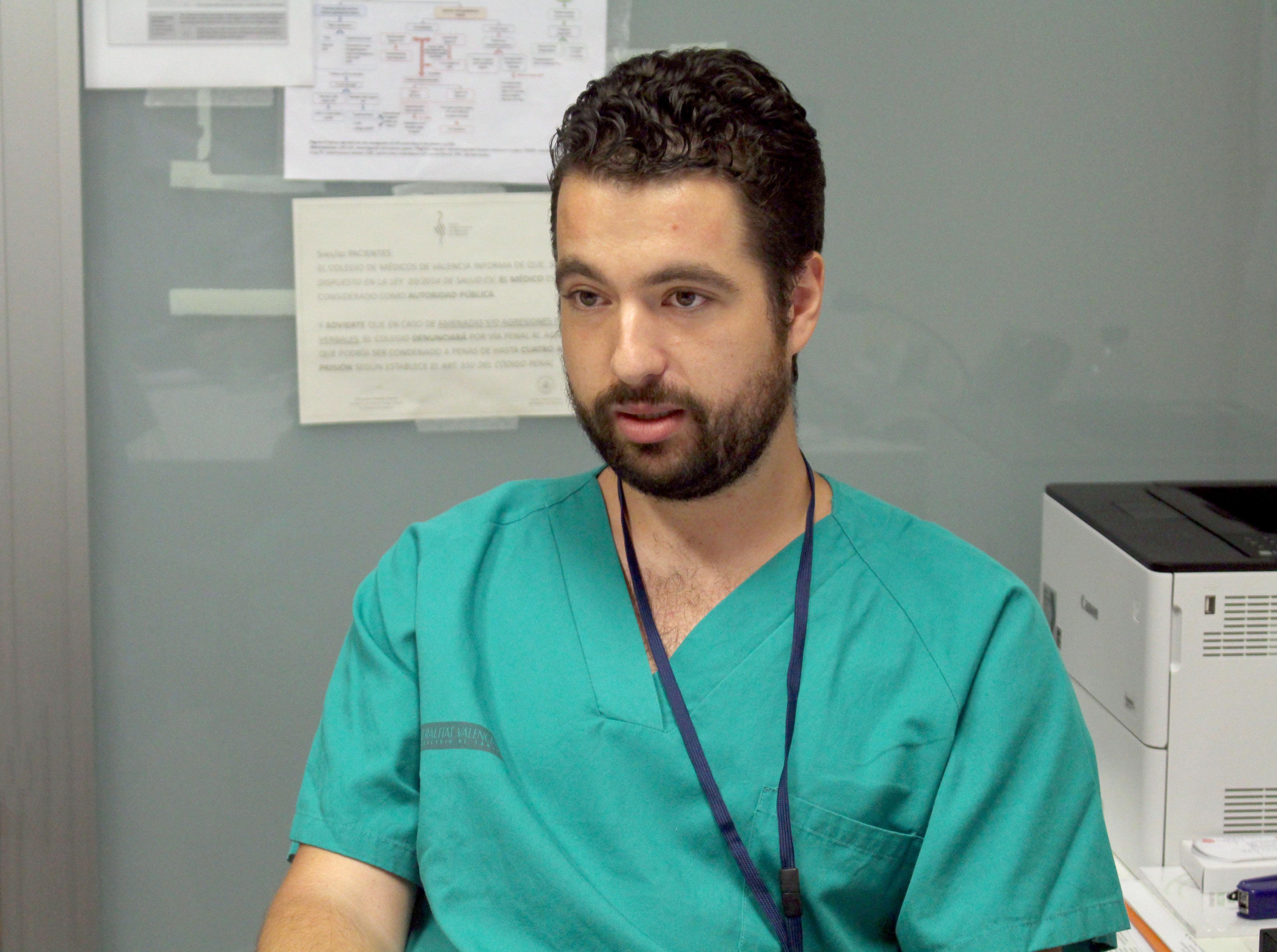 Manuel Duarte afirma que cuando vio su primer parto se dio cuenta de la especialidad que escogería.
